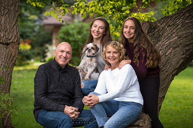Manotick family with dog